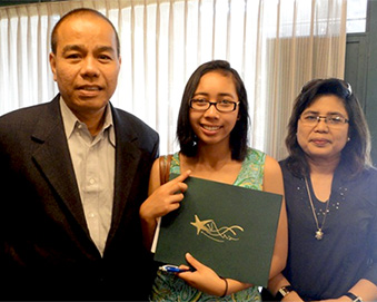 Putri - Undocumented students' rights activist - with her family