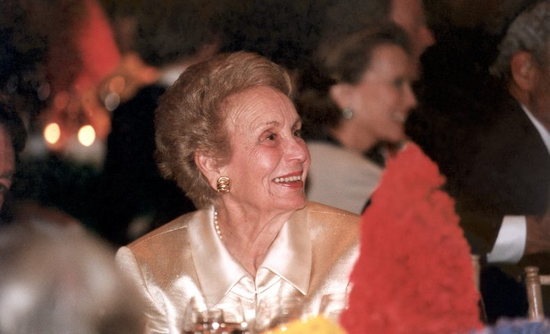 Evelyn Haas being honored at SFMOMA in 1999